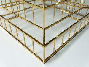 giá kệ inox mạ vàng trưng bày sản phẩm tại đa hình
