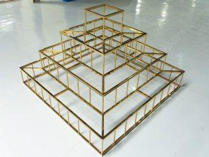giá kệ inox mạ vàng trưng bày sản phẩm