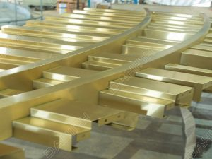 vách ngăn cnc inox mạ vàng tại hà nội